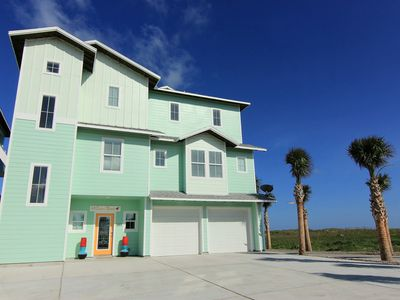 Photo for 6 bedroom 5.5 bath newly constructed BEACHFRONT home! Private pool!