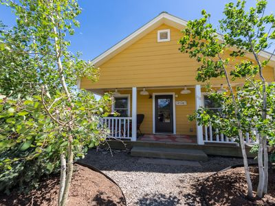 Photo for Downtown Home 1/2 blk to bus, Porch views of Paradise Divide, bikes included