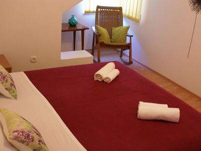 Photo for Unit for 2-4 persons with air conditioning, satellite TV, internet & garden