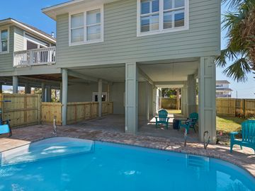 Perfect Beach House with Pool! - Renovated & Decorated!