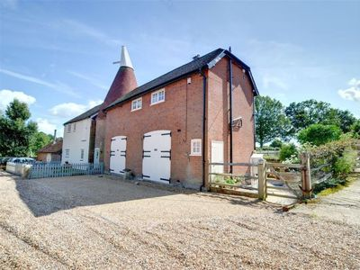 Photo for Vacation home Fosten Lane  in Cranbrook - Hawkhurst, South - East - 4 persons, 2 bedrooms
