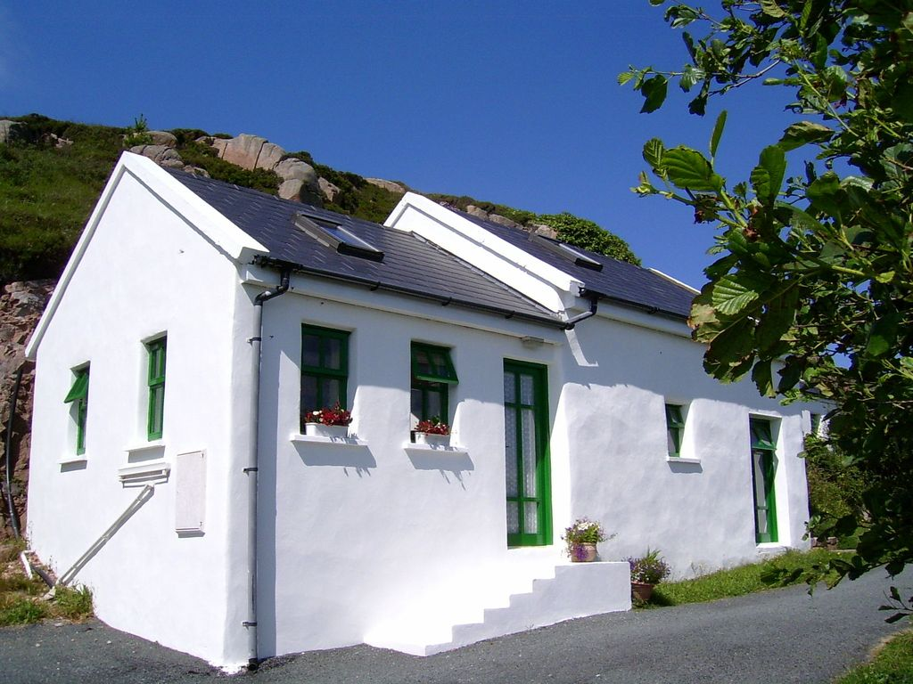 room with star honeymoon cottage fivestar catering self terrace wm garden ie cottages ireland bettystown