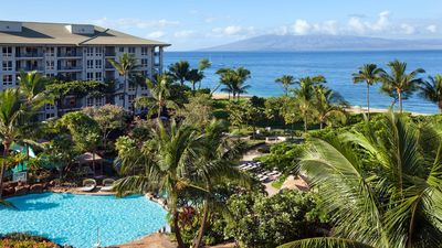 Photo for Modern ocean view unit on beautiful Ka'anapali Beach!