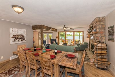 Dining/living room open floorplan, perfect for entertaining and family gathers.