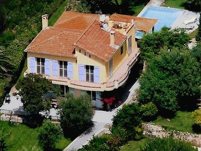 Photo for Beautiful 4-bedroom villa with amazing views and pool in Super Cannes