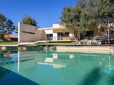Photo for Villa on the Silver Coast with private pool!