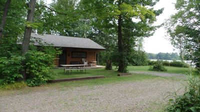 Photo for Bike &  hiking trails, golf, music, shopping, fishing, 3,227+ acres of lake