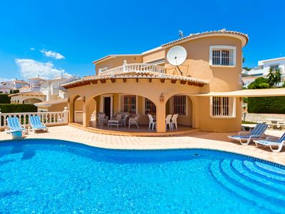 Photo for Spacious Villa with private pool and garden, outside kitchen and bar house