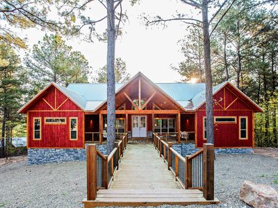Photo for NEW-Modern Luxury Cabin 10 Mins to Broken Bow Lake
