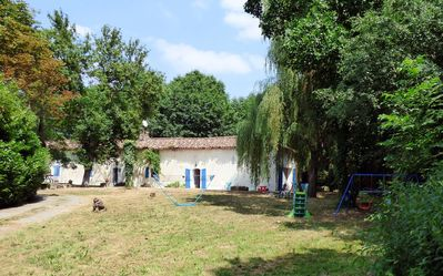 Photo for Charming cottage heated pool, wifi, ideal family