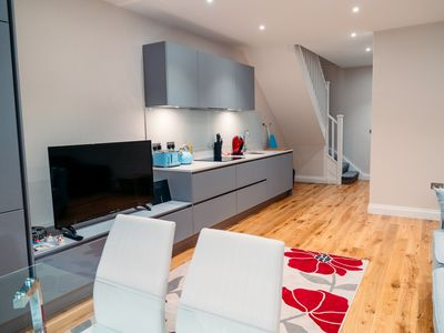 Photo for 1.Luxurious  Hyde Park Appartment