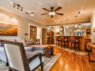 West Midtown Bungalow - Close to Everything!
