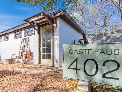 Photo for Gastehaus 402 - Located behind owners home and walking distance to Main Street