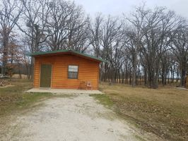 Photo for 1BR Cabin Vacation Rental in Boswell, Oklahoma