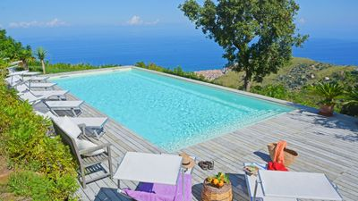 Photo for Stylish country villa with pool situated on a green hillside near Cefalu