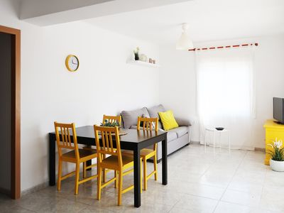 Photo for 3 BEDROOM APARTMENT WITH SWIMMING POOL AND TERRACE, LOCATED NEXT TO THE BEACH.