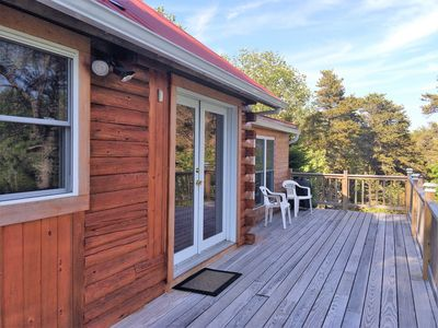 Front entrance to cabin