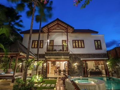 Photo for Luxury Villa Annecy Private Paradise in Seminyak. Shops, Restaurants, Beach