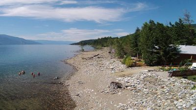 Photo for Kootenay Lake Lodge Waterfront Log Chalet -right at the water - free WiFi