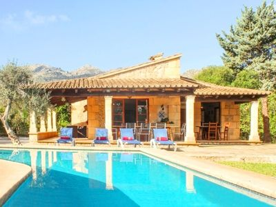 Photo for 4 bedroom Villa, sleeps 8 in Pollença with Air Con and WiFi