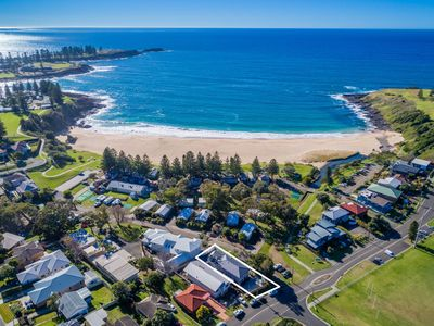 Photo for KENDALLS BEACH COTTAGE, Kiama & Surrounds - 4pm check out Sunday!