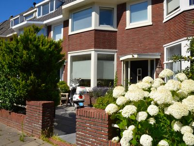 Photo for Apartment in Alkmaar, 1200m from the city center. City trip & beach combined