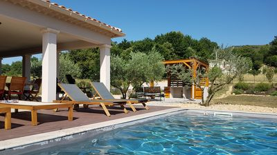 Photo for Vaison la Romaine, Villa with pool 6 persons