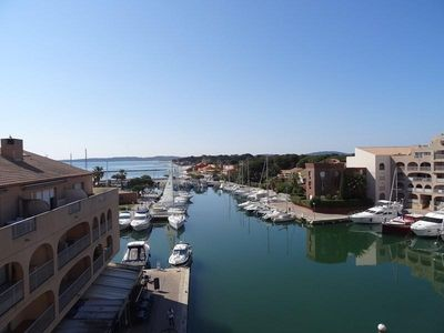 Photo for Apartment Hyères, 2 bedrooms, 4 persons