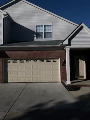 Luxury apartment home offering premier housing in suburban Southeast Michigan