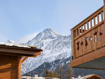 Photo for One bedroom Apartment, sleeps 4 in Les Houches with Pool and WiFi