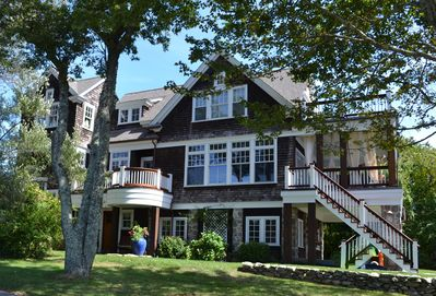 True Cottage Charm With All The Comforts and Expansiveness