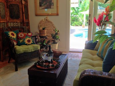 Photo for One Bedroom with ocean breeze, quiet, upscale neighborhood, walk to beach
