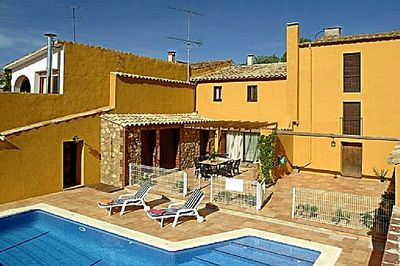 The pretty holiday home is situated only 30 min. from the beach