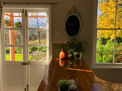 Photo for Trass Valley Cottage - Delightful rural retreat