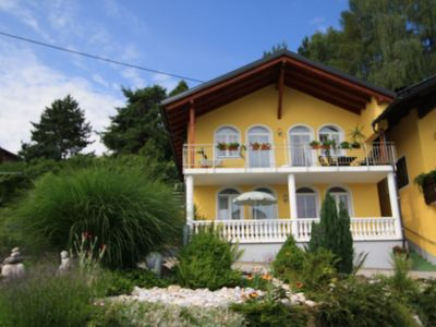 Photo for Gorgeous new apartment. Beautiful location with view over the Wörthersee