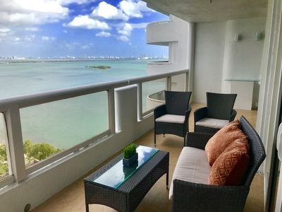 Photo for Luxury Bay view Condo, spacious 2/2 Remodeled NEW!