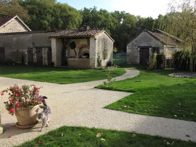 Photo for Character cottage, 3 *, in a farm of Poitou (86310)