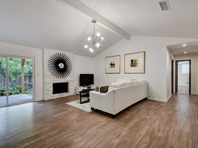 Photo for Cool Designer 3BR Home minutes from The Domain