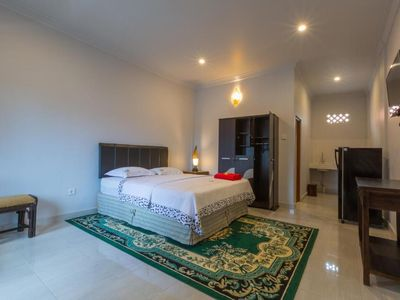 Photo for Deluxe Room in Caqnggu, with Kitchen, TV, Aircon, Fit for your budget