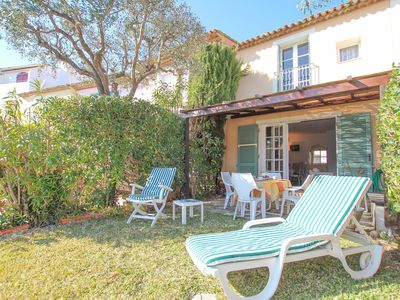 Photo for 2 Bedrooms house  et  10 m mooring near St Tropez