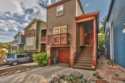 Park City Marsac Manor - 3 Bedroom / 2.5 Bath with Hot Tub In the Heart of Old Town