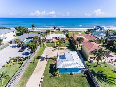 Photo for Family retreat at the beach -- direct oceanfront!