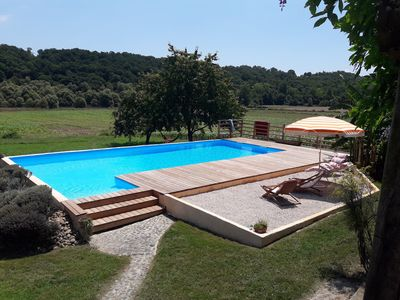 Photo for Gite for 5-8 people, swimming pool, absolute calm, panorama on the Pyrenees.