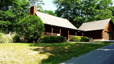 Photo for 3 miles from prkwy in Pigeon Forge, Call now! 10% off all nights in August!