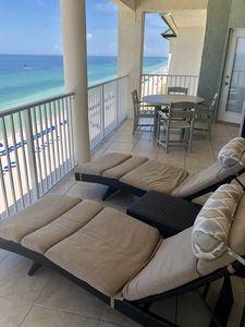 Photo for Beautiful 2-bdr Beachfront Penthouse w/huge Balcony and Views from Every Room