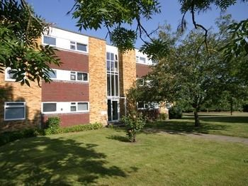 Photo for 2BR Apartment Vacation Rental in Cambridge,
