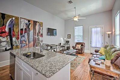 The Big Easy experience just got easier with this vacation rental condo!