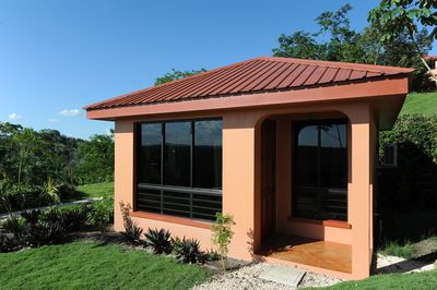 Complete privacy with one way visibility windows for you to enjoy all the views!