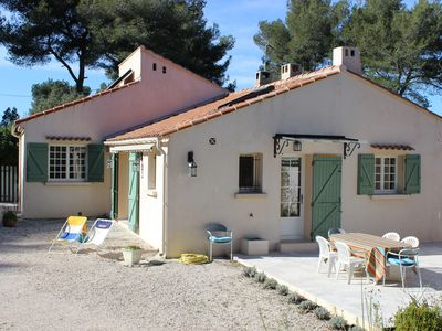 Photo for Charming house in the countryside 8 km from Cassis