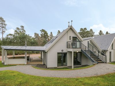 Photo for Osprey Apartment, AVIEMORE